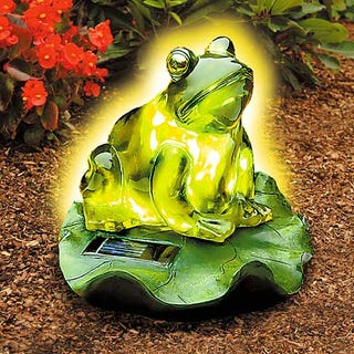 Illustration for article titled Solar Frog Light Proves You're a Man of the People