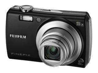 Illustration for article titled Fujifilm's F100fd Spec'd Out Point and Shoot has 12-megapixels, 2.7-inch LCD, 360-degree Facial Detection