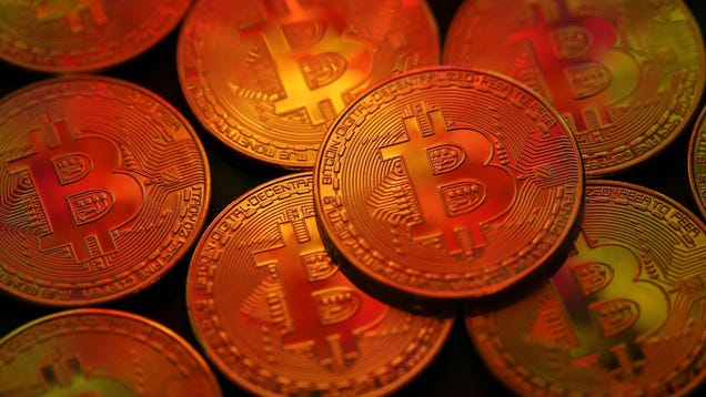 Thieves Steal 600 Bitcoin Mining Rigs in Iceland -