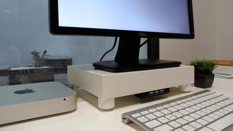 This Diy Monitor Stand And Built In Usb Hub Is Cheap And