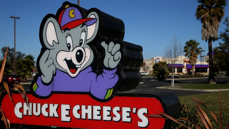 Illustration for article titled Latest dumb young-people trend is to spend all night in a Chuck E. Cheese's