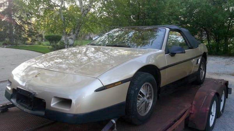Pontiac fiero 2m6