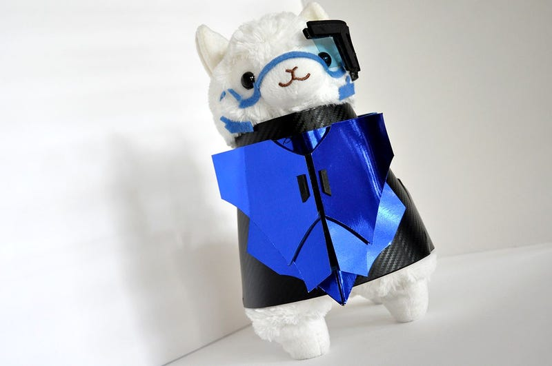 Illustration for article titled This Alpaca plush is dressed as Garrus and everything is perfect
