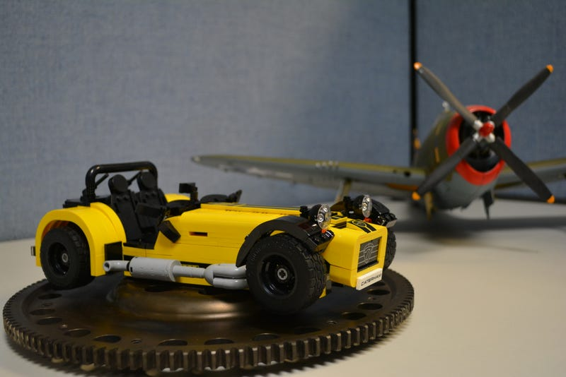 Illustration for article titled Lego Racing Movie? Lego Racing Movie