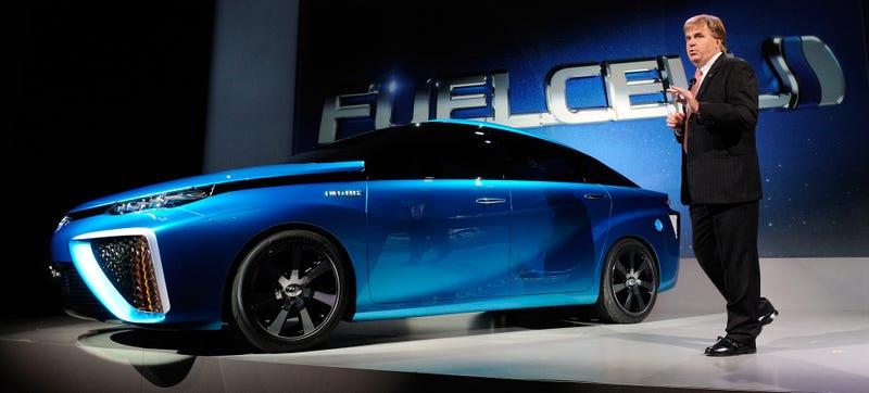 Illustration for article titled El primer coche de hidrógeno de Toyota llegará en 2015