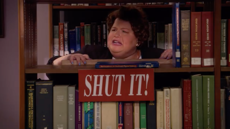 Illustration for article titled Feel young again as Lori Beth Denberg revives her Loud Librarian for the All That reboot