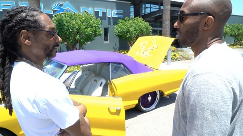 Kobe Bryant Cars >> Snoop Dogg Pawned His Old Pontiac Off On Kobe Bryant