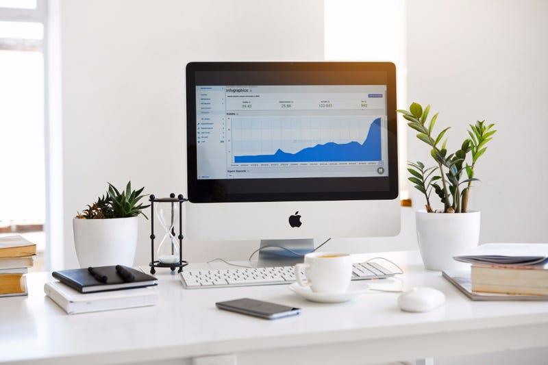 Illustration for article titled Should You Pursue a Career in Digital Marketing?