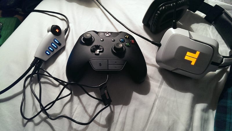 Modder solders his own xbox one headset adapter third party headsets are unusable on the xbox one until microsoft releases an adapter which wont be until next year your trittons your turtle beaches ccuart Images