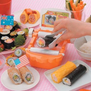 Illustration for article titled Sushi-Rolling Toy From Bandai Namco