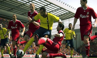 Illustration for article titled New Pro Evo 2010 Screens: Liverpool vs Barca