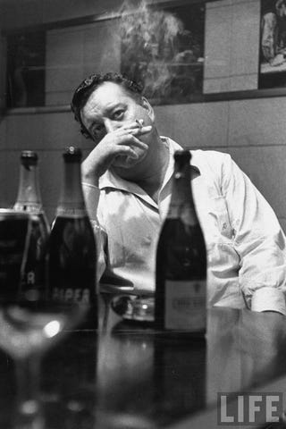 Illustration for article titled Jackie Gleason Shows Us The Proper Way To Bomb On TV: With Self-Deprecation And Booze