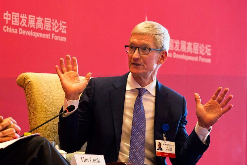 Tim Cook en el Foro de Desarrollo Chino en Beijing. Imagen: AP