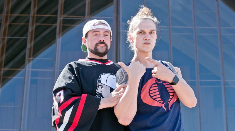 Illustration for article titled Jay and Silent Bob are looking a little old in this first look at Kevin Smith's big reboot