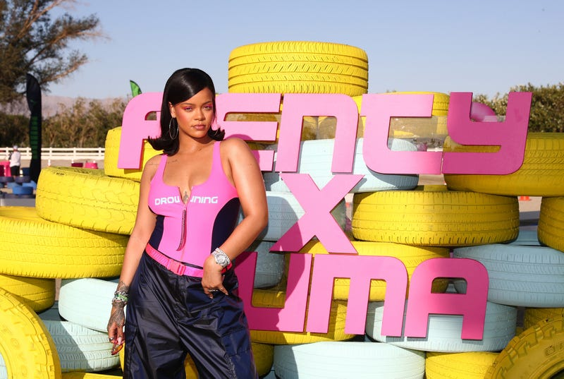Illustration for article titled RiRi's Style Sizzles at Coachella