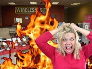 Illustration for article titled Spurned Wife Gets Revenge By Burning 400 Cellphones