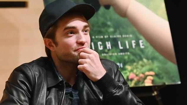 Report: So Robert Pattinson Is Definitely, Maybe Batman Now?