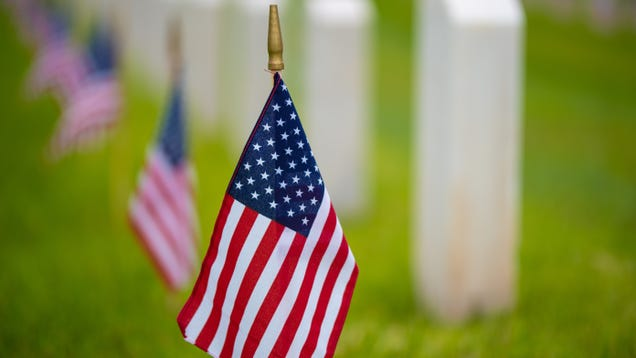 What s Open and Closed on Memorial Day 2020
