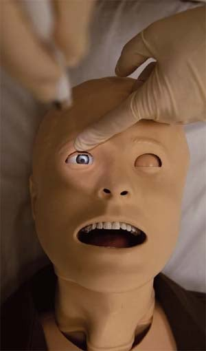 Illustration for article titled SimMan 3G Patient Simulator Is One Creepy Way to Learn Medicine