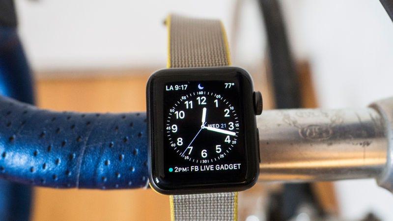 Apple Watch Series 1 38mm   $149   JetApple Watch Series 1 42mm   $179   JetFoto: Gizmodo