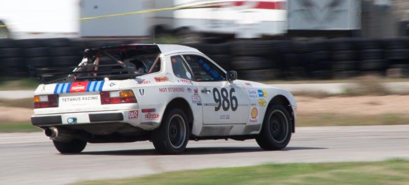Tetanus Racing 944. Photo credit: Stef Schrader