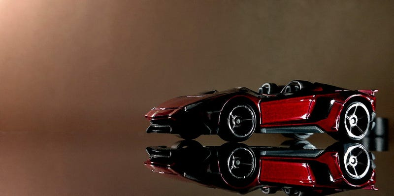 Illustration for article titled A topless Aventador