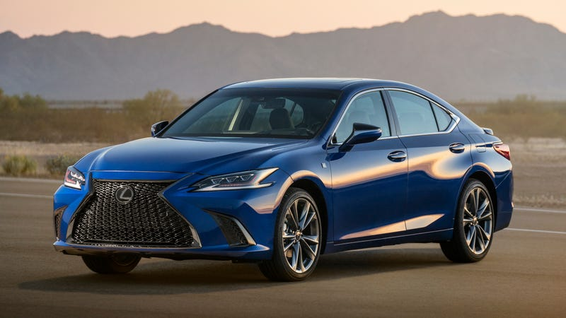 Illustration for article titled 2019 Lexus ES: We Will Not Be Deterred, We Will Never Back Down, The Spindle Grille Is The Future