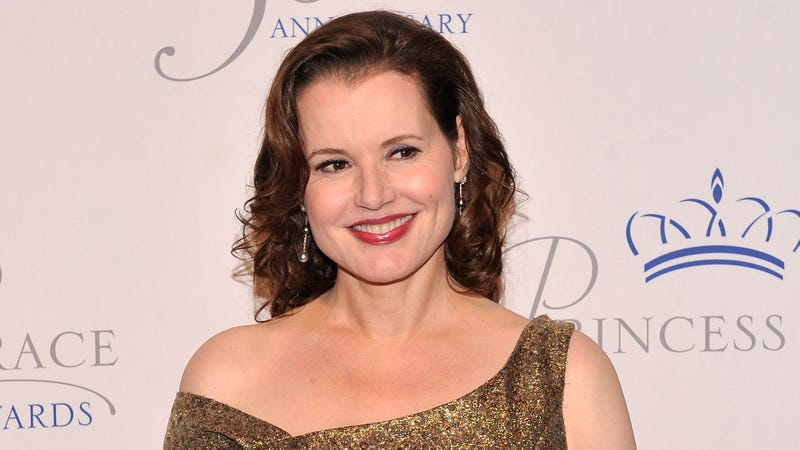geena davis face shape