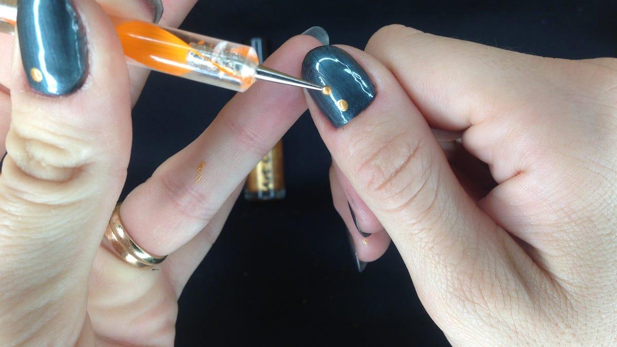Pretty, Easy Nails: The Three Dot Manicure