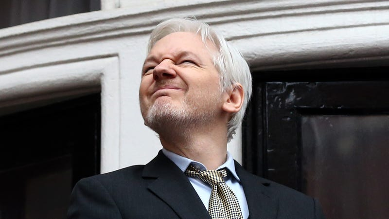 Illustration for article titled Ecuador to Julian Assange: You Can Stay in Our Embassy But for the Love of God, Stop Tweeting