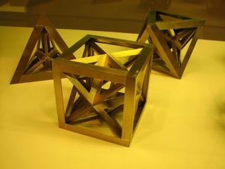 Illustration for article titled After 400 years, mathematicians have found a new class of solid shapes