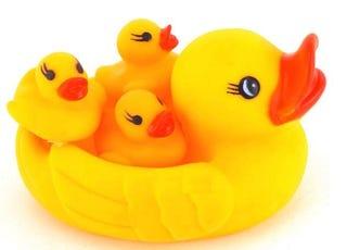 Illustration for article titled Parenting realtalk: Bathtime