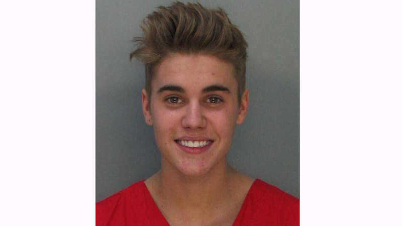 Illustration for article titled Drunk Driving Turd Justin Bieber Looks Pretty Cute in His Mugshot