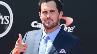 Matt Leinart's Flag Football League Is Up To Some Shady Stuff