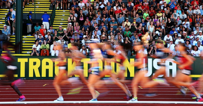 The 10,000 meters field is a blur. (Photo credit: Patrick Smith/Getty)