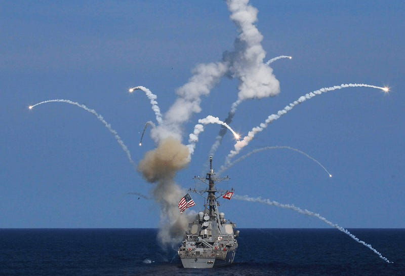 Illustration for article titled SM-2 Missile Explodes On Launch From The Destroyer USS The Sullivans