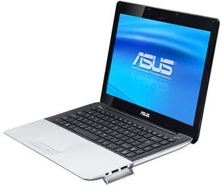 Illustration for article titled ASUS' Skinny UM30 Laptop Look Familiar, With That Aluminium Body and Black Bezel?
