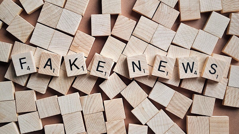 Illustration for article titled Figure Out Which Facebook Friends Share 'Fake News'