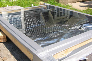 Illustration for article titled Build a solar water heater for under $5