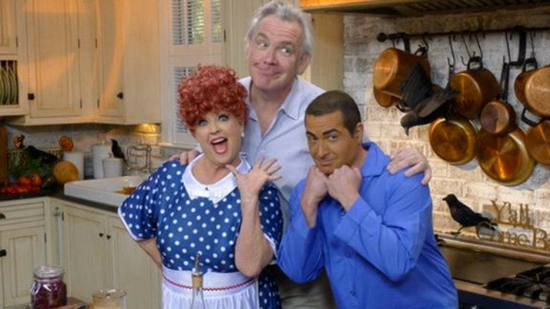 Illustration for article titled Paula Deen refries her racism scandal with heaping helping of brownface