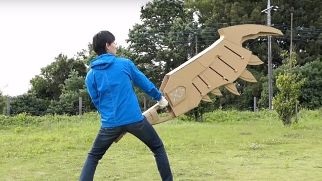 Watch this man casually turn Amazon boxes into awesome, anime-inspired weaponry