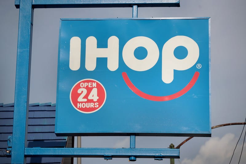 Illustration for article titled 'We're Not Racist': Maine IHOP Manager Suspends Server After She Asks Black Teens to Pay Up Front for Their Meals