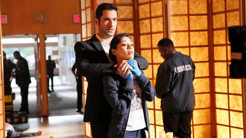 Tom Ellis (left), Aimee Garcia