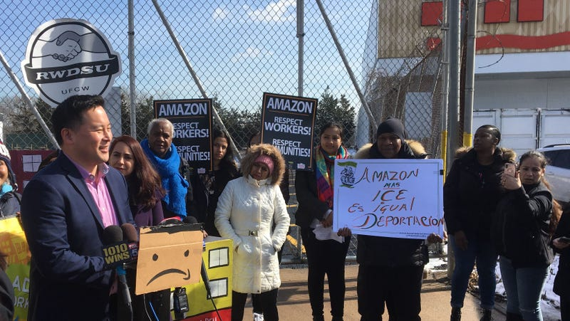 Even With HQ2 Dead, New York Isn't Done Fighting Amazon