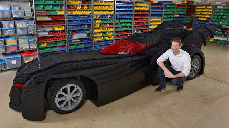 Illustration for article titled Got Half a Million Lego Bricks? Build Yourself a Life-Size Batmobile