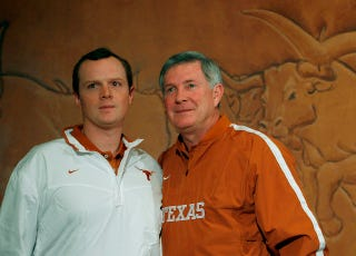 "Illustration for article titled Texas Assistant Coach Major Applewhite Was Disciplined For ""Inappropriate, Consensual Behavior With An Adult Student"" Four Years Ago"