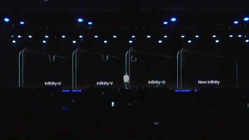 Illustration for article titled Samsung tira la toalla y presenta tres pantallas con notch