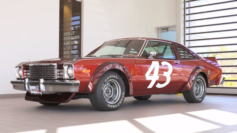 This Late 70s Dodge Has The Nascar Look With None Of The Performance