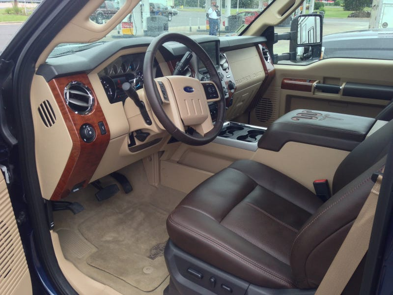 2015 ford f 250 gets a diesel dose of viagra but its still an old man - 2015 Ford F150 Fx4 Interior