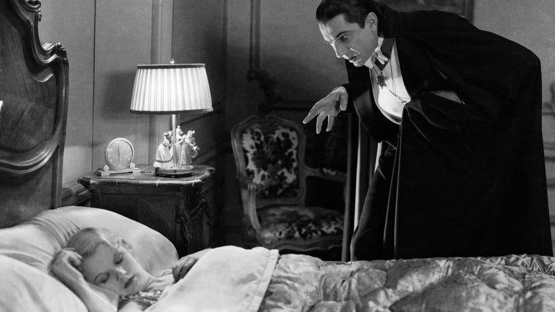 Frances Dade and Bela Lugosi in Dracula